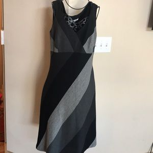 Kay Unger 3 Color flare color sleeveless dress
